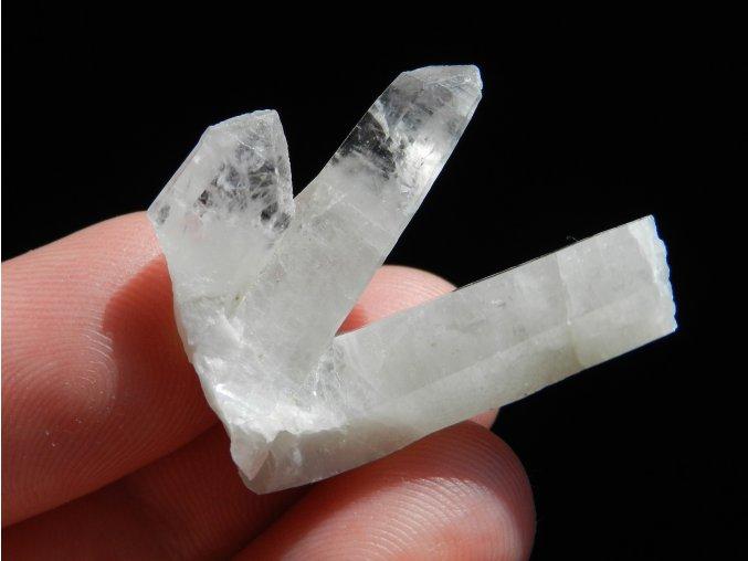drobna srostlice krystali kristalu zulova koralove jamy jeseniky 1