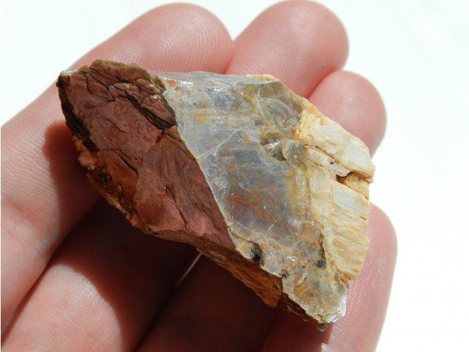 muskovit slida vysocina dolni bory albit prirodni surovy kamen obrazky 3