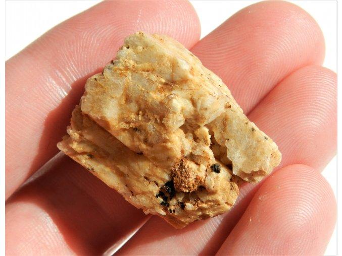 albit maly drobny kamen mineral morava obrazky 1