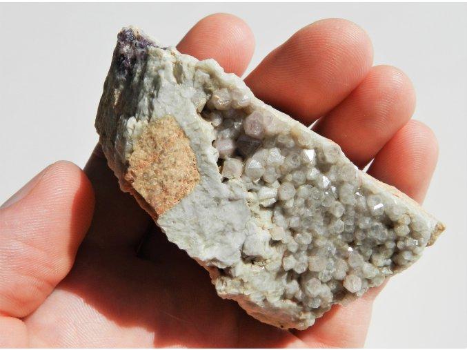 ametyst kremen krystaly kamen vysocina kojatin obrazek 1