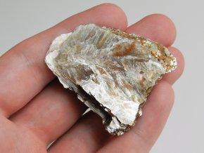 muskovit leskla slida prirodni kamen vysocina obrazek 1