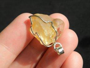 citrin privesek stribrny krk surovy prirodni kamen cesky cr obrazky 1