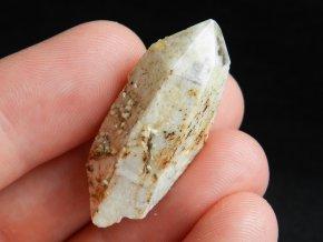 zahneda krystal zasnezeny bily pokryty kremenem obrazky 1