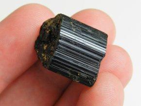 cerny turmalin skoryl prirodni cesky mineral drahy vzacny prodej 2