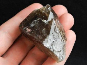 zahneda krystal prirodni kamen mistrovsky krystal samolecitel obrazky 1