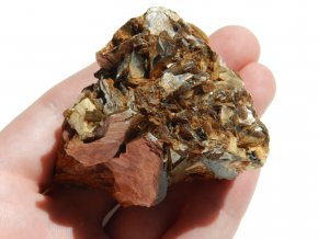 muskovit prirodni surovy kamen sberatelsky lupeny vysocina albit ortoklas obrazky 1