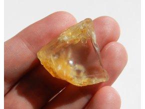 citrin prirodni surovy kamen 2