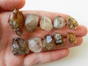 zahneda sestava krystal kamen vysocina obrazek 1