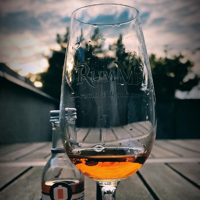 Recenze: Rum Nation Savanna Grand Arôme 2007-2020, 62,6%