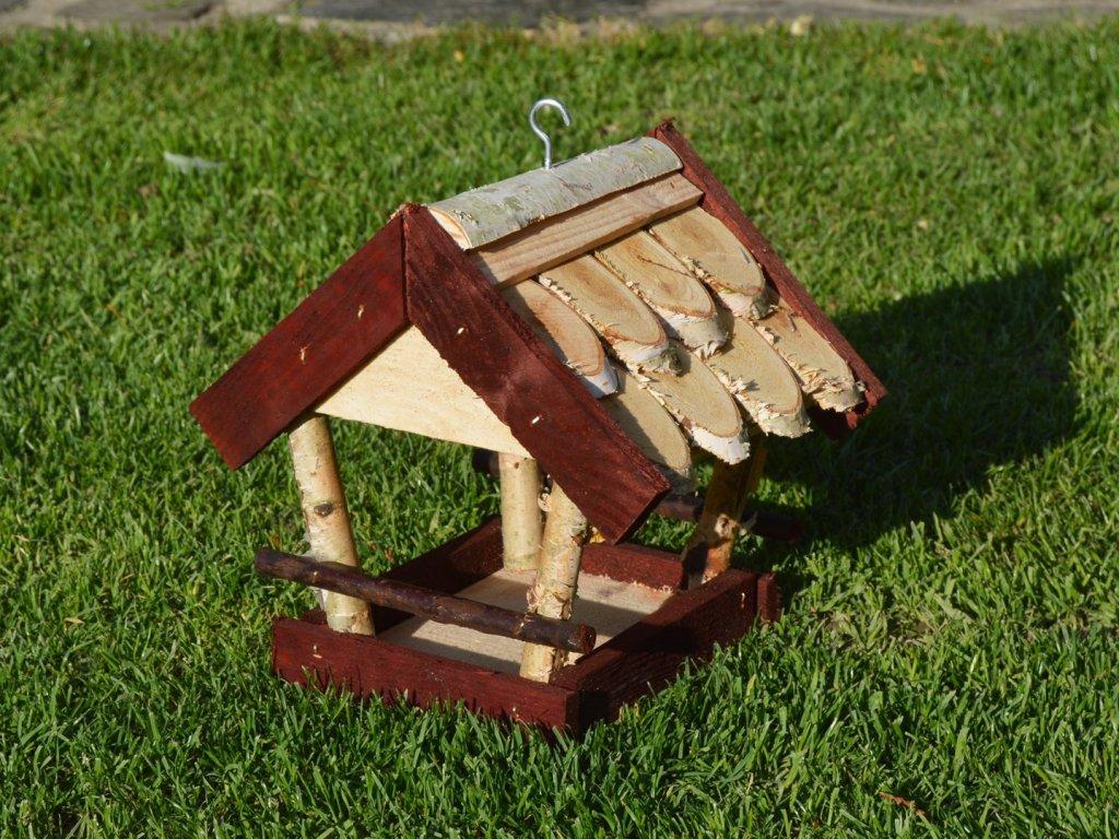 Dřevěné ptačí krmítko pro menší ptáčky