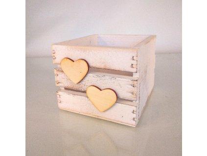Dřevěný truhlík na vřes se srdíčkem
