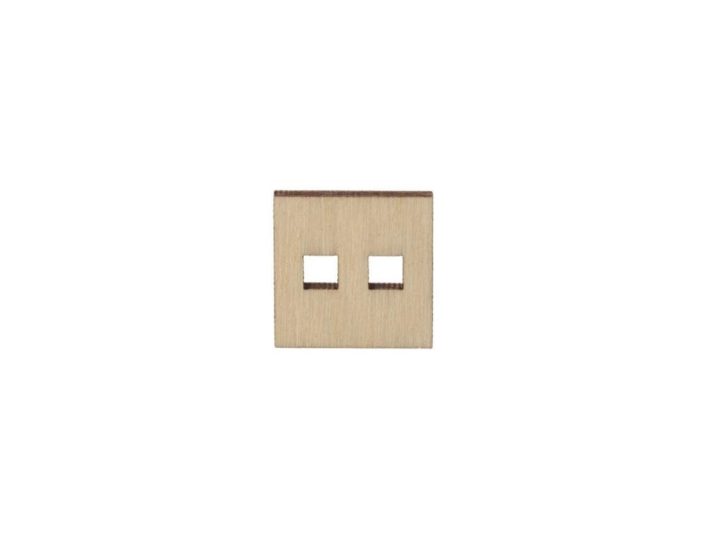 Dřevěný hranatý knoflík 2 cm