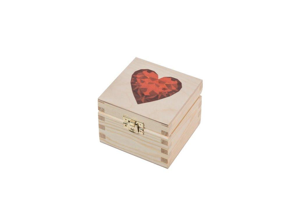 Dřevěná krabička XVI se srdíčkem