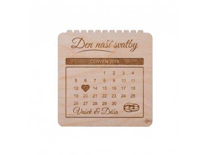 Dřevěná svatební pozvánka kalendář
