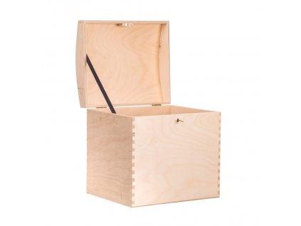 Dřevěná truhla XV na klíč
