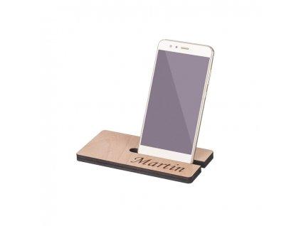 Dřevěný stojánek na mobil se jménem