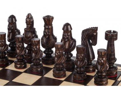 Drevené šachy  60 x 60 cm