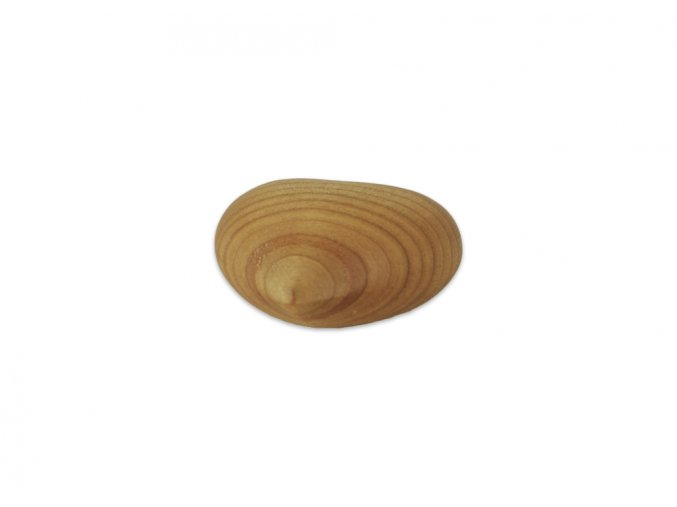srdíčko ze dřeva detail