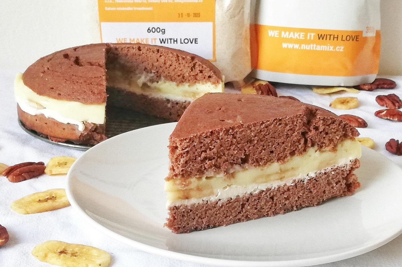 Recept: Zdravý čokoládový dort z kokosové a špaldové mouky
