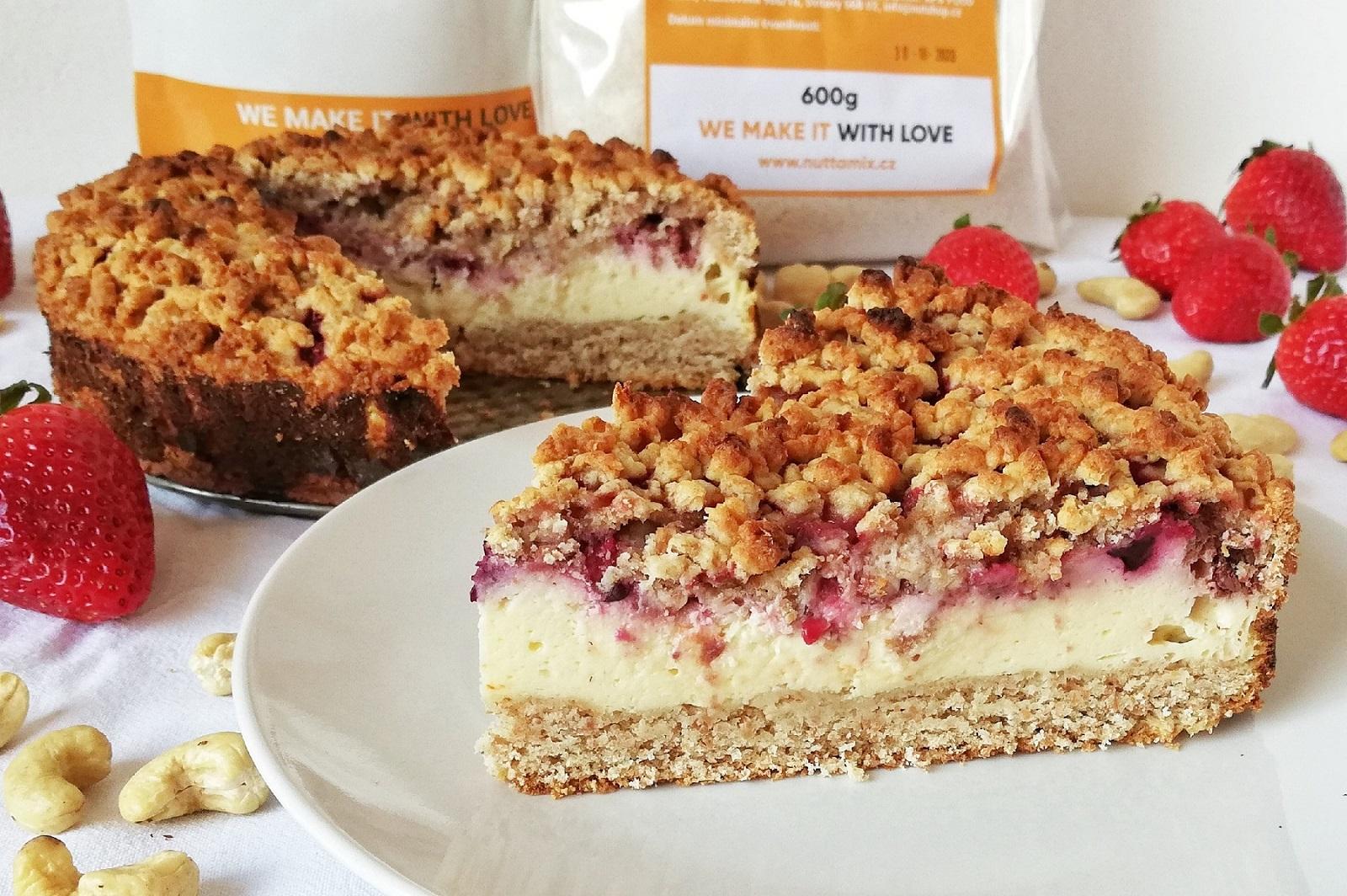Recept: Zdravý tvarohový dort ze špaldové mouky s ovocem.