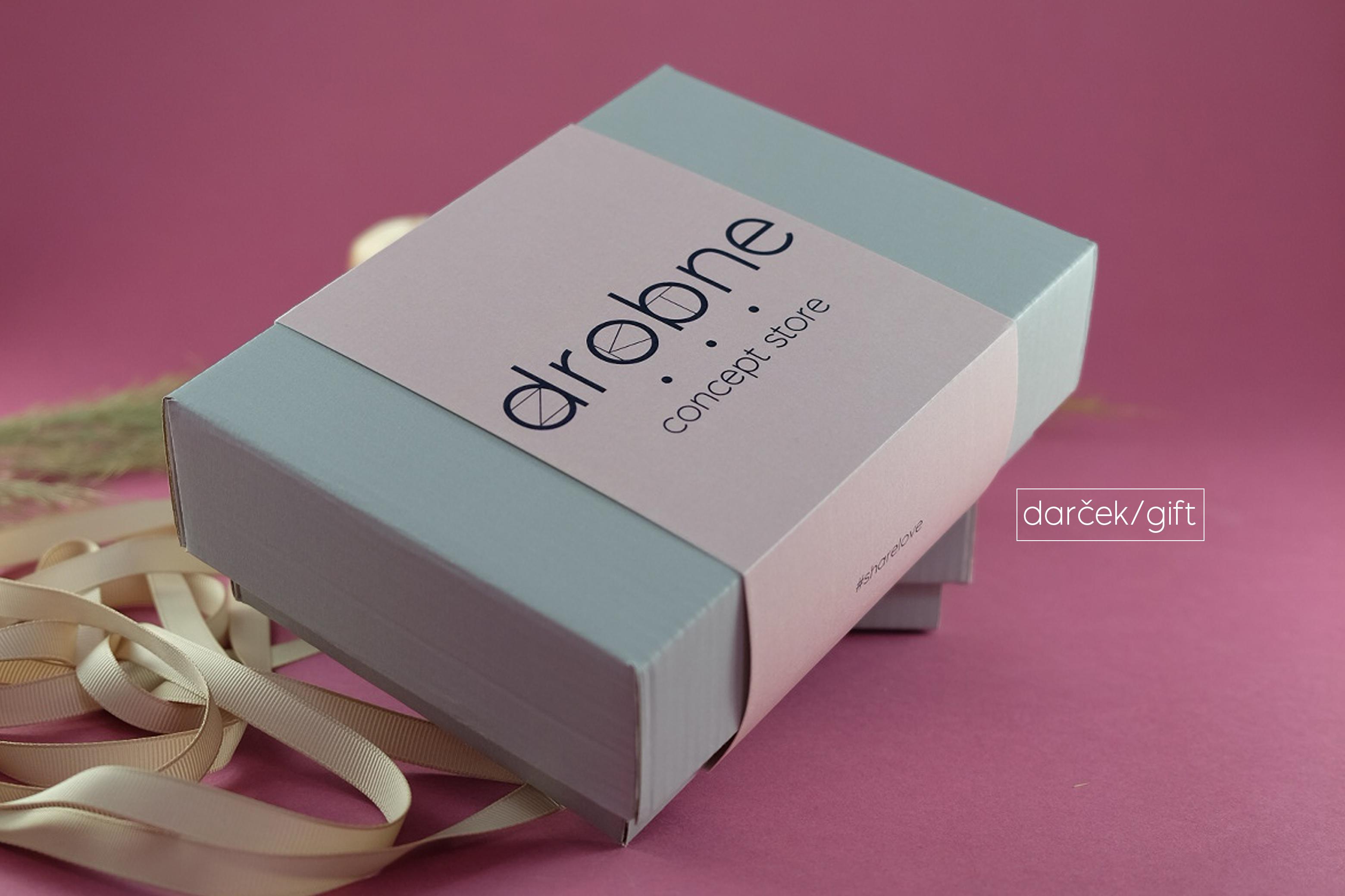 darček/gift
