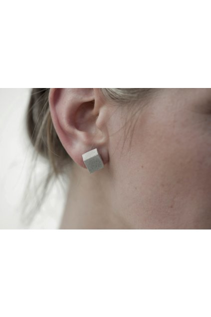 earrings CUBE