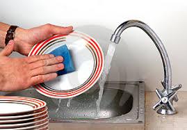 Čistiace prostriedky na ručné umývanie riadu