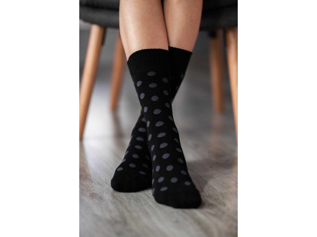 Zimní barefoot ponožky - Puntíky - černo-šedé