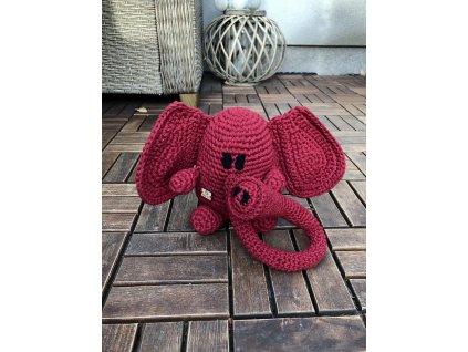 Ručně háčkovaný slon těžítko 1