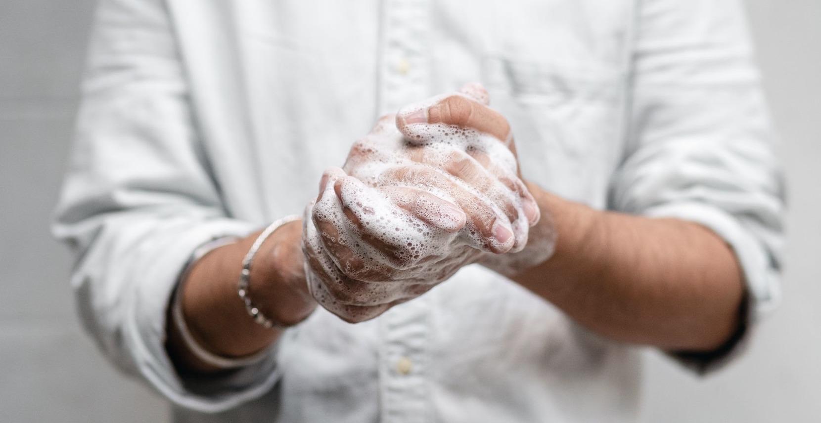 7 tipov na správnu hygienu rúk, ktoré by sa mali dodržiavať v každej kancelárii