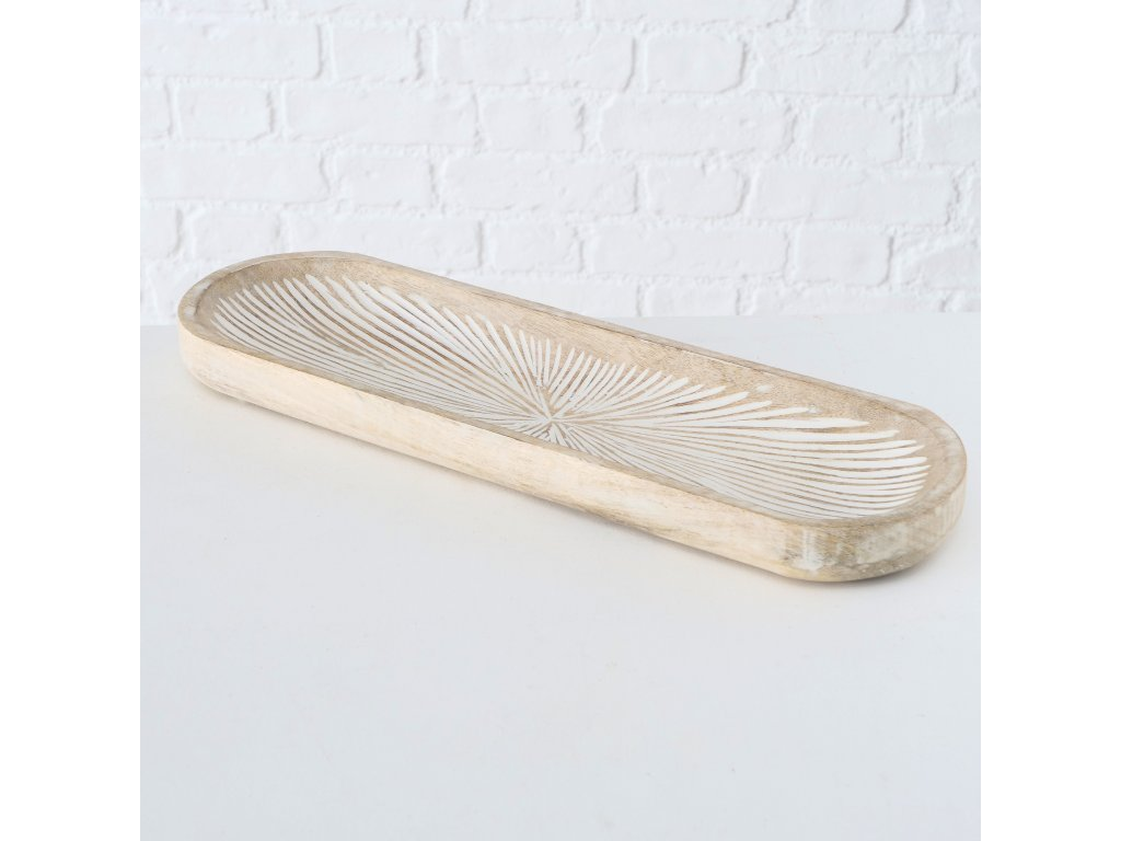 Vyřezávaný podnos JYLLI z exotického dřeva