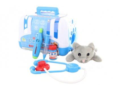 Veterinář s kočičkou