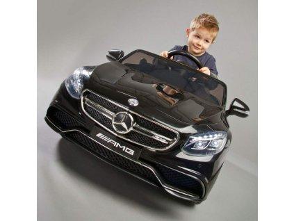Elektrické autíčko Toyz Mercedes-Benz S63 AMG-2 motory  + Nanopodložka, loupač, nebo desinfekce