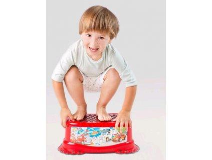 Dětské protiskluzové stupátko do koupelny Autíčka