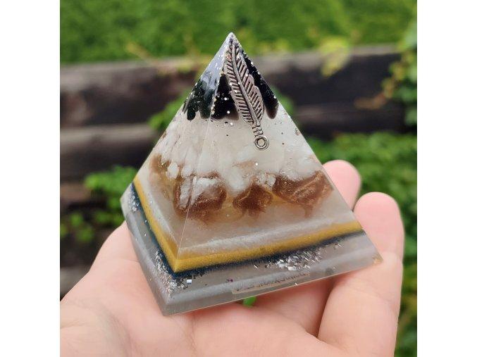 Pyramida turmarín