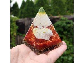 Pyramida s mušlí