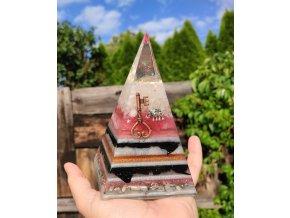 Pyramida dětství