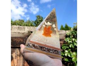 Anděl v srdci - fosforuje - pyramida velká