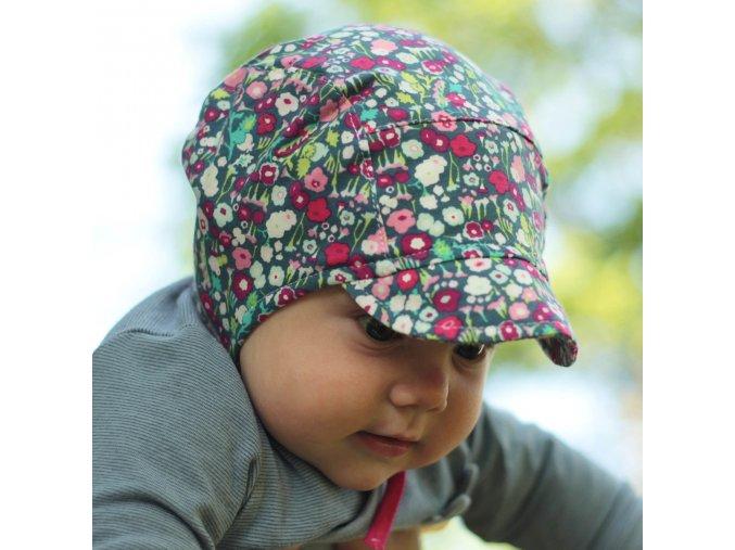 Čepice s kšiltem kvítka drobná