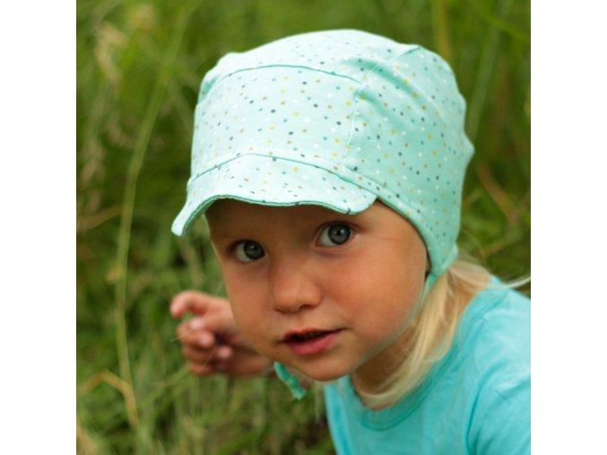 Čepice s kšiltem konfety
