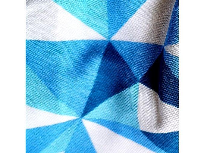Čepice s kšiltem trojúhelníky modré
