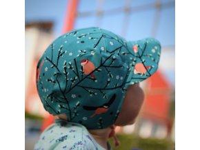 Čepice s kšiltem Ptačí sněm