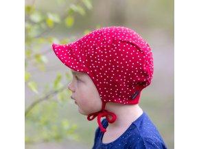 Čepice s kšiltem Puntík červený