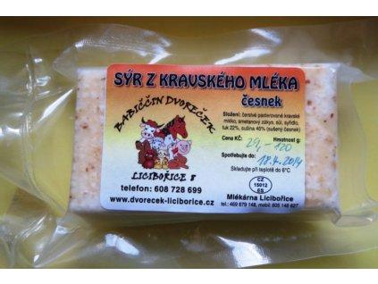 Sýr z krav. mléka - česnekový