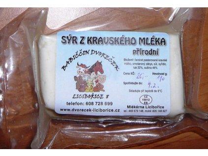 Sýr z kravského mléka - přírodní