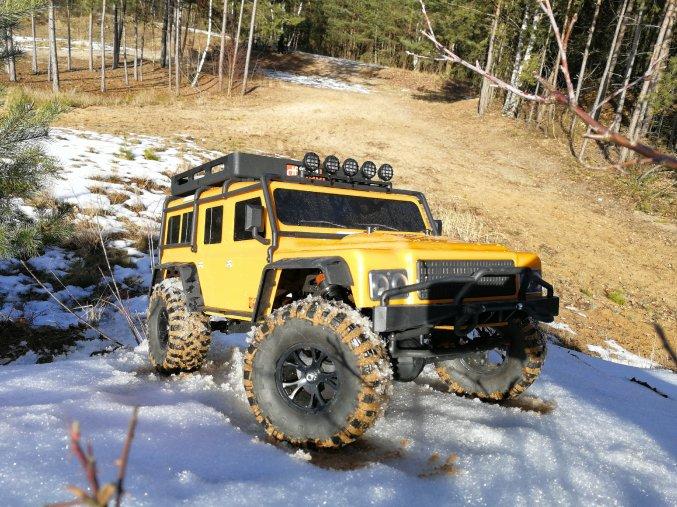 DF models 4J XXL CRAWLER oranžový