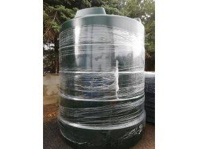 voda 9000 litru