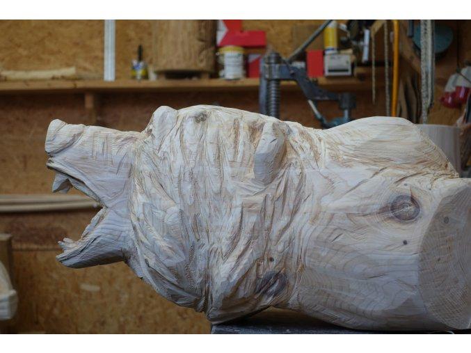 Sochy ze dřeva, Hlava medvěda