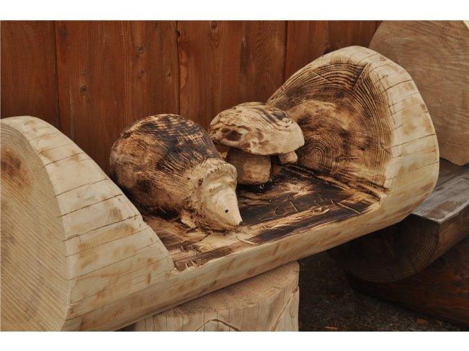 Dřevěná socha, Ježek s hříbky