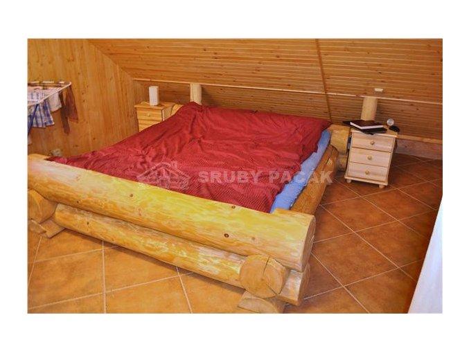 Srubová postel